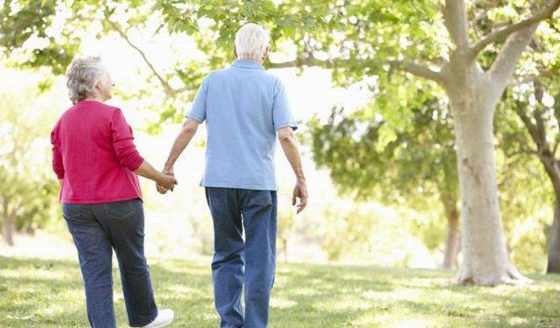这种运动简单健康 走路养生效果翻倍